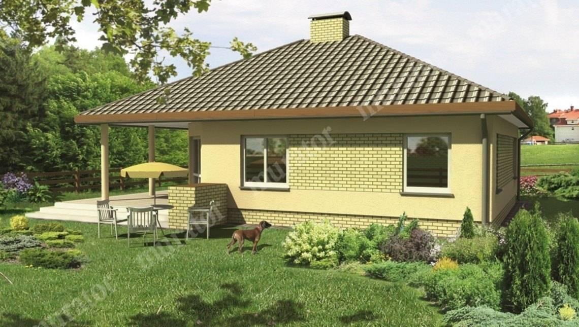 Светлый дом под крышей сложной формы