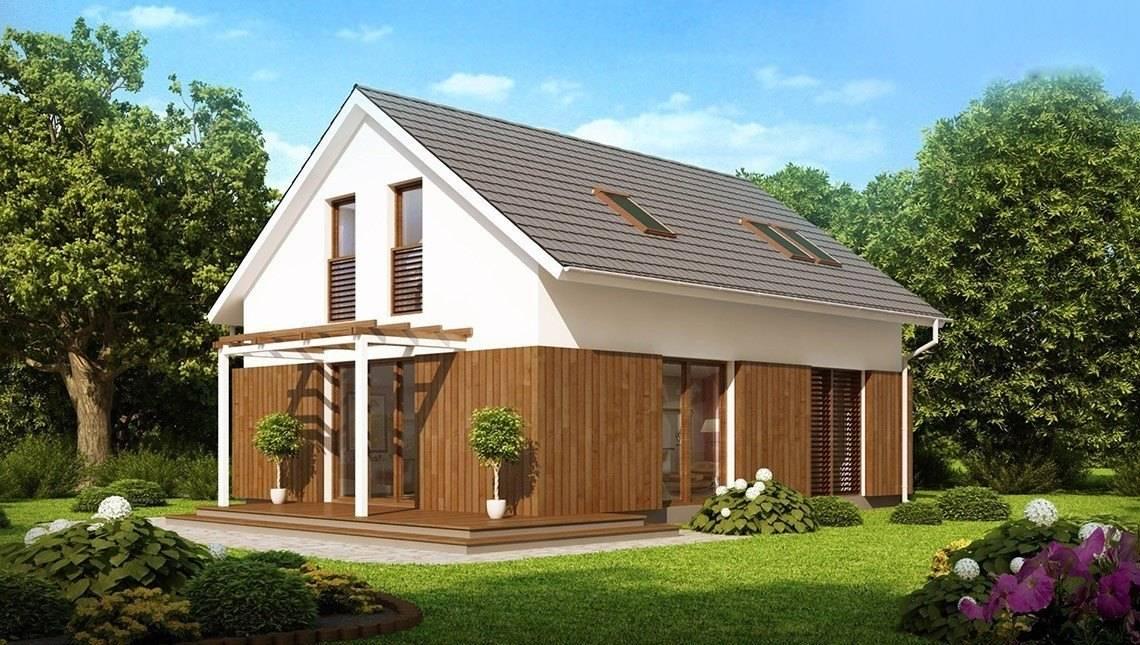 Проект коттеджа с мансардой, двускатной крышей и деревянным фасадом