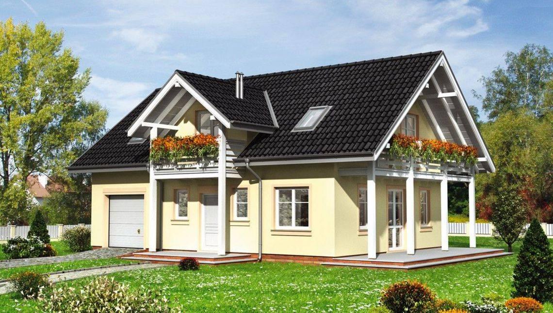 Современный двухэтажный особняк с колоннами